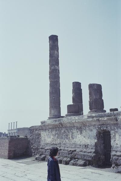 http://paulinehisbacq.com/files/gimgs/46_pompei109.jpg